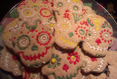 Fred and Friends Sweet Spirits Cookie Stamps (2).